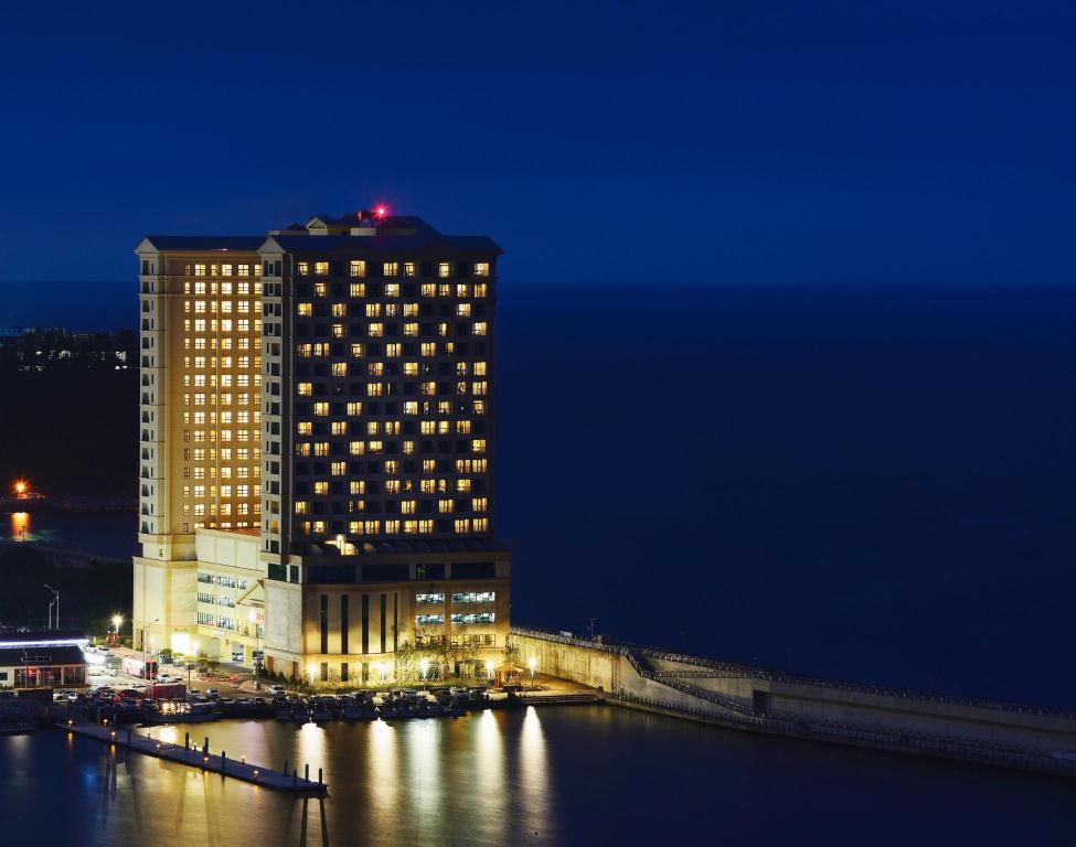 More about Ramada Sokcho