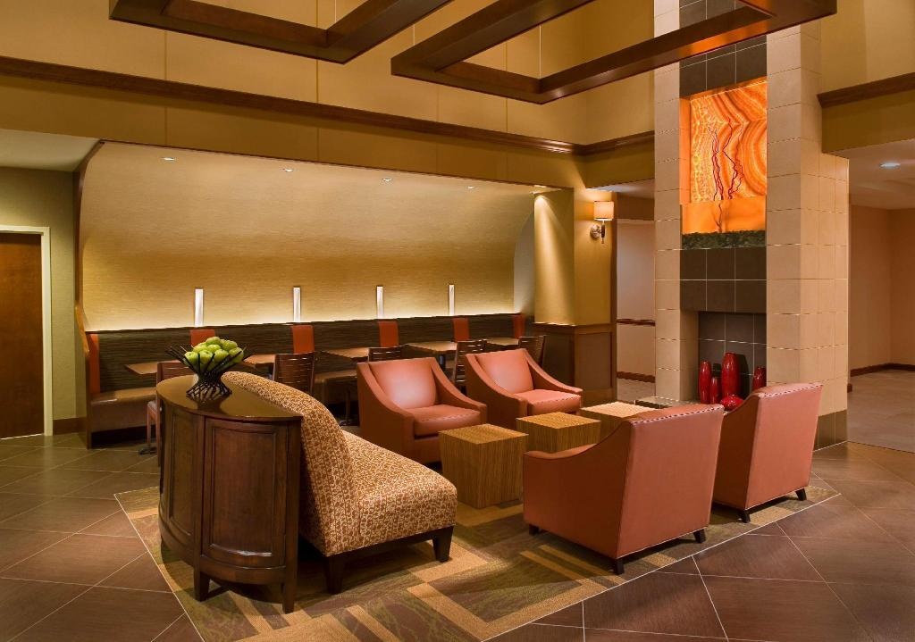 Hall Hyatt Place Overland Park Convention Center