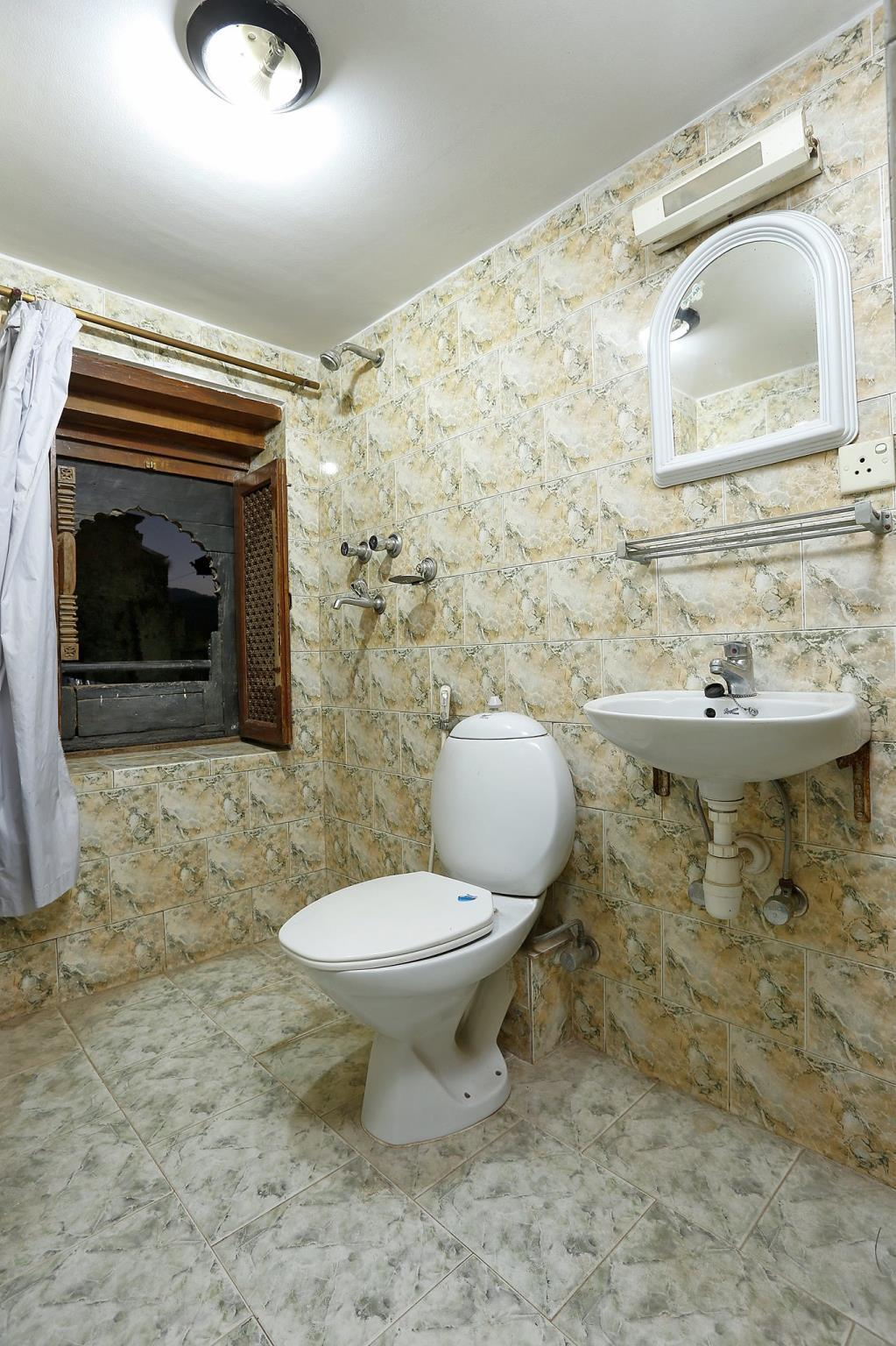 Standard Double (Private bathroom)