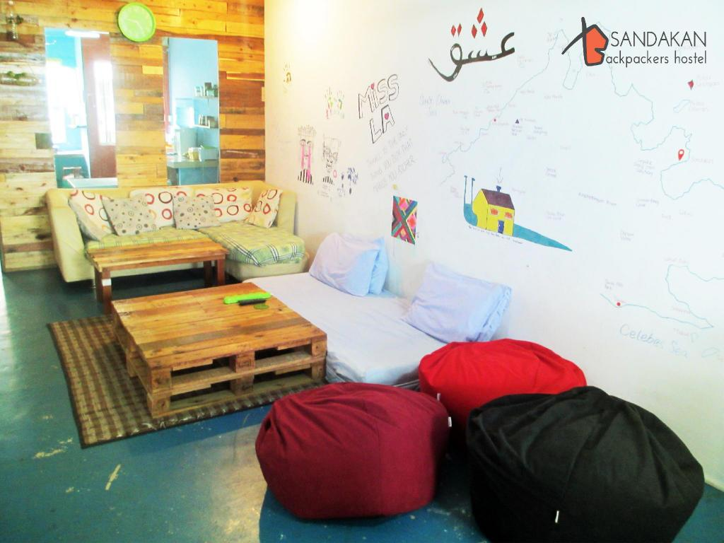 Lobby Sandakan Backpackers Hostel