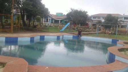 Swimming pool Fantasy Resort