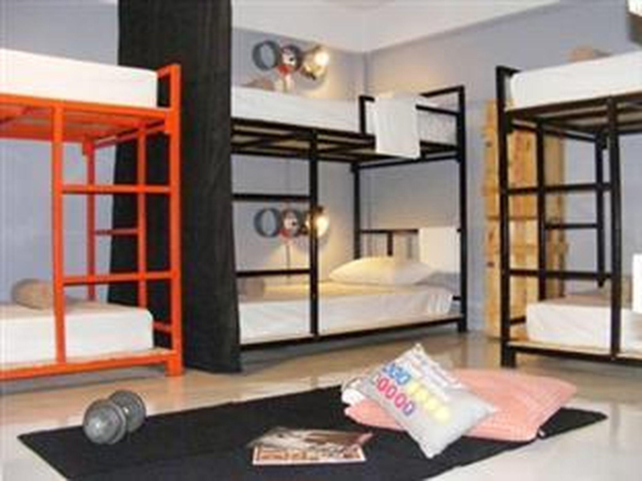Private Group 6 Beds