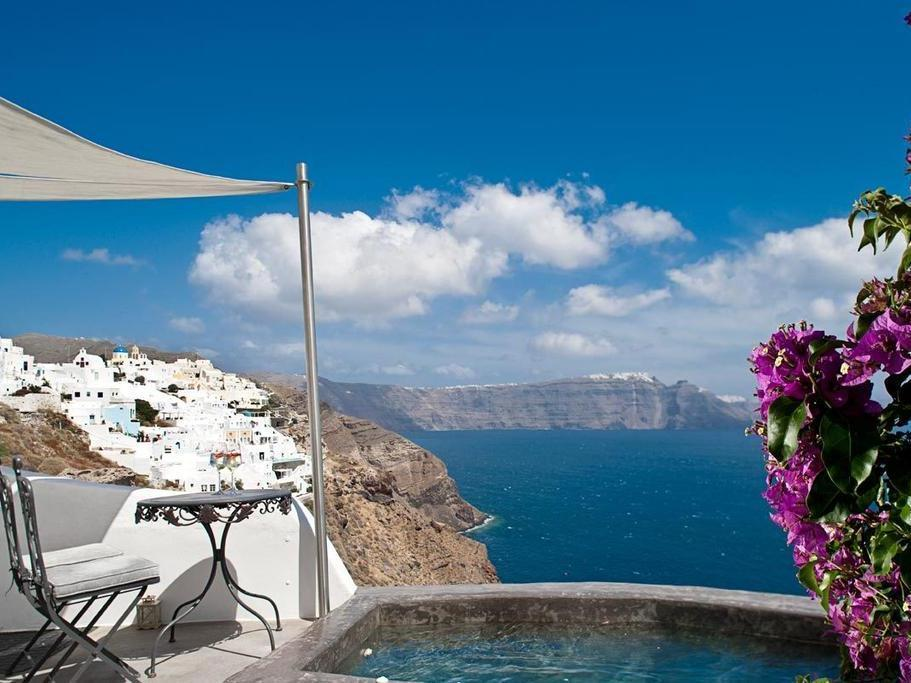Villa with Private Pool and Caldera View - Socrates