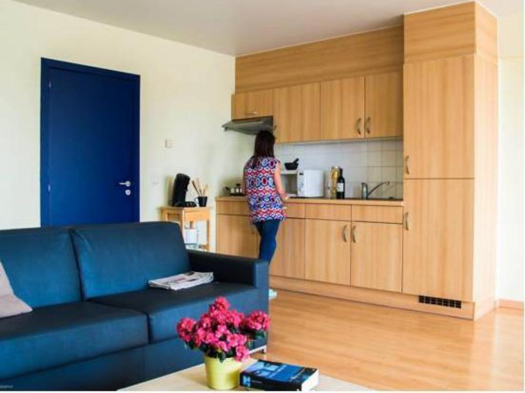Interieur De Luxe Appartement luxe appartement oostende, oostende - boek een aanbieding op