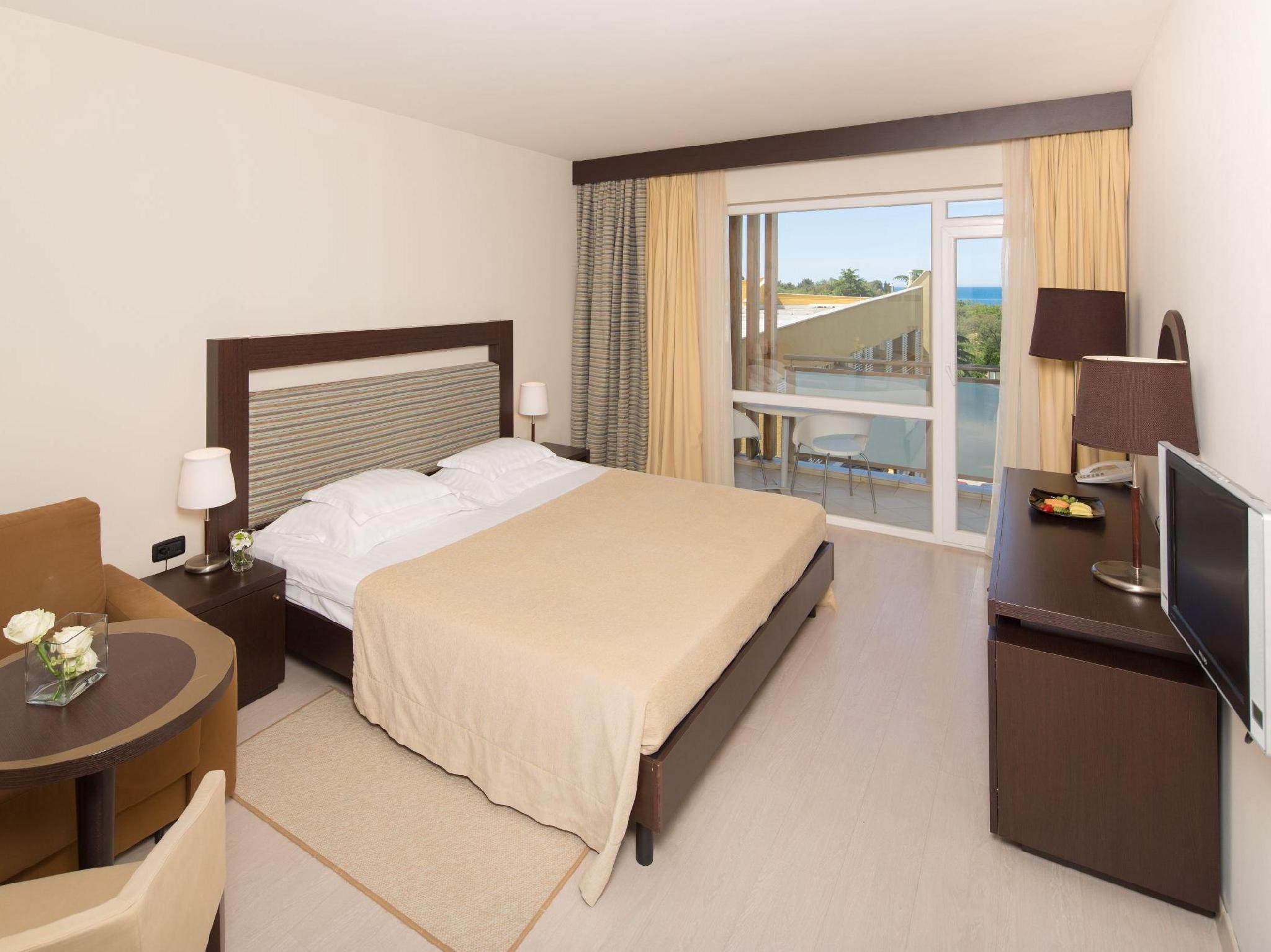 Quarto Familiar Lado Marinho (Family Room Sea Side)