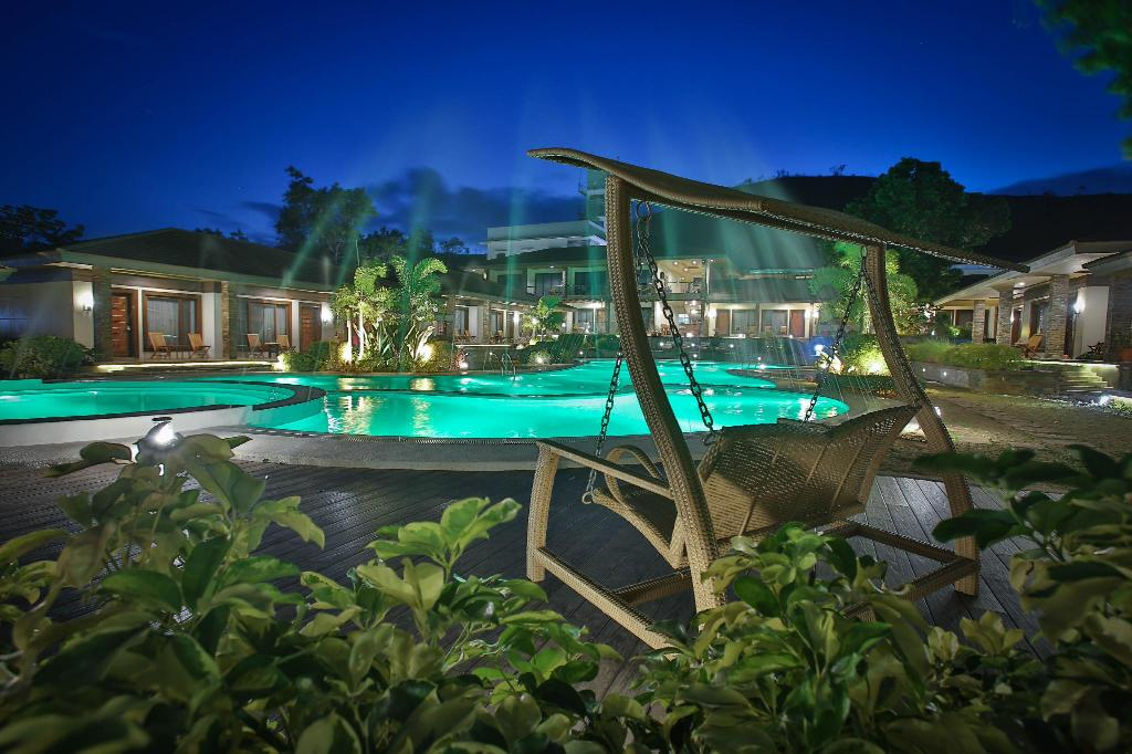Best price on coron soleil garden resort in palawan reviews for Pool garden resort argao
