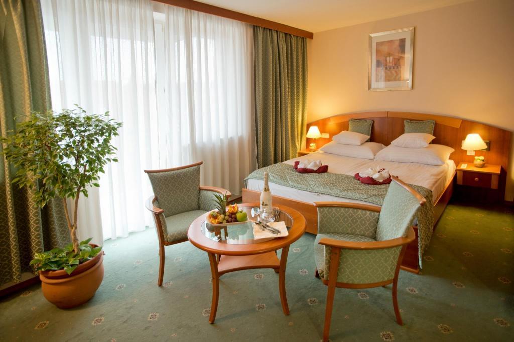 JUFA Vulkán Kemping Resort**** Magyarország