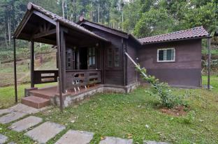 Leisure Vacations Three Hills Resort - Coorg