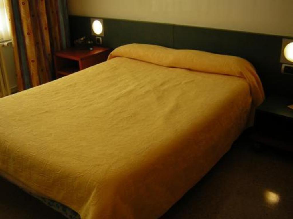 hotel pic mari pas de la case offres sp ciales pour cet h tel. Black Bedroom Furniture Sets. Home Design Ideas