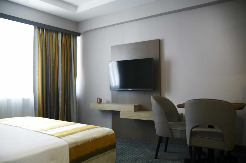 Deluxe Room - Double Bed - Bed Tophane Suites