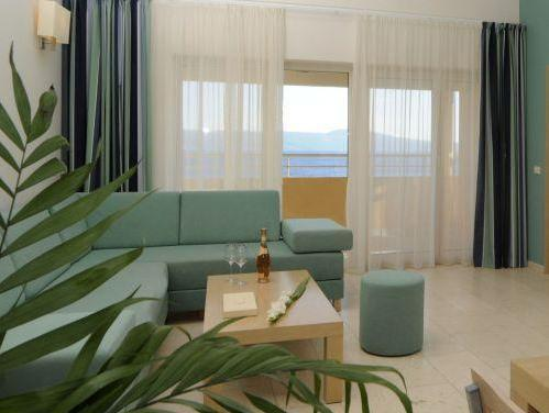 Premium One-Bedroom Apartment with Balcony and Sea View