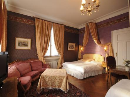 Superior Romantic Double or Twin Room