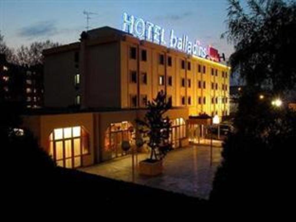 Hotel Balladins Bobigny Paris France