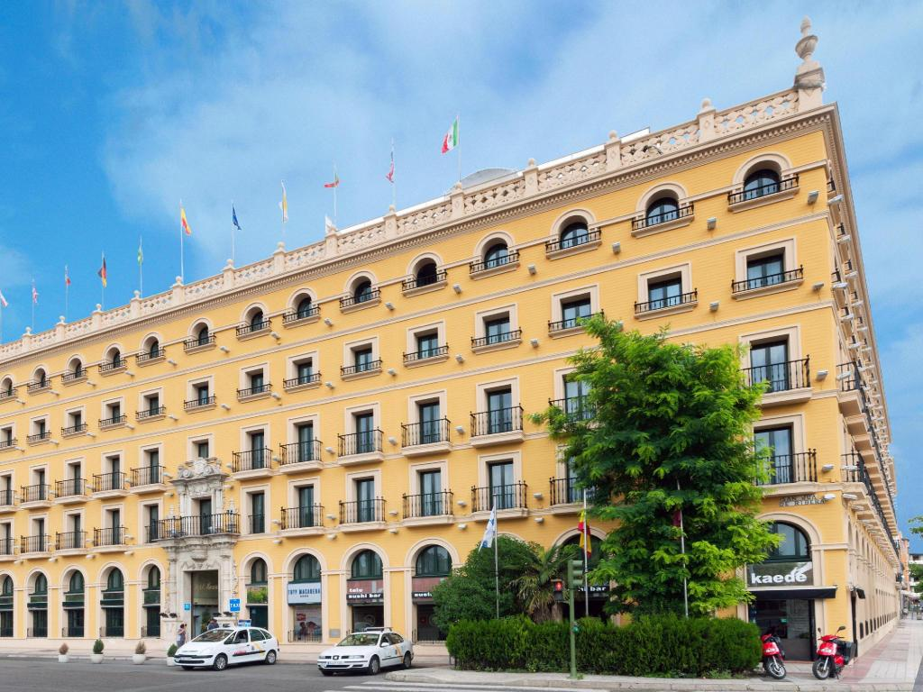 More about TRYP Sevilla Macarena Hotel