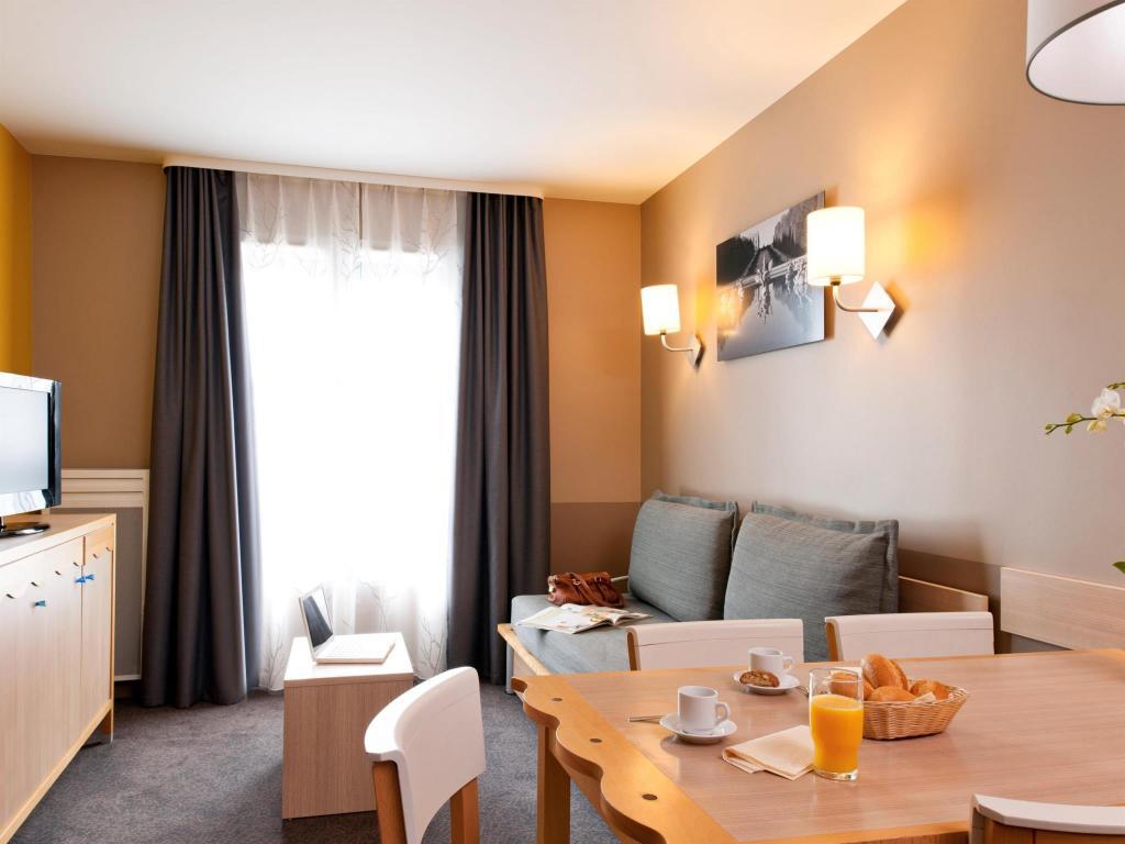 Adagio Marne La Vallee Val D Europe Aparthotel Serviced Apartment Paris Deals Photos Reviews