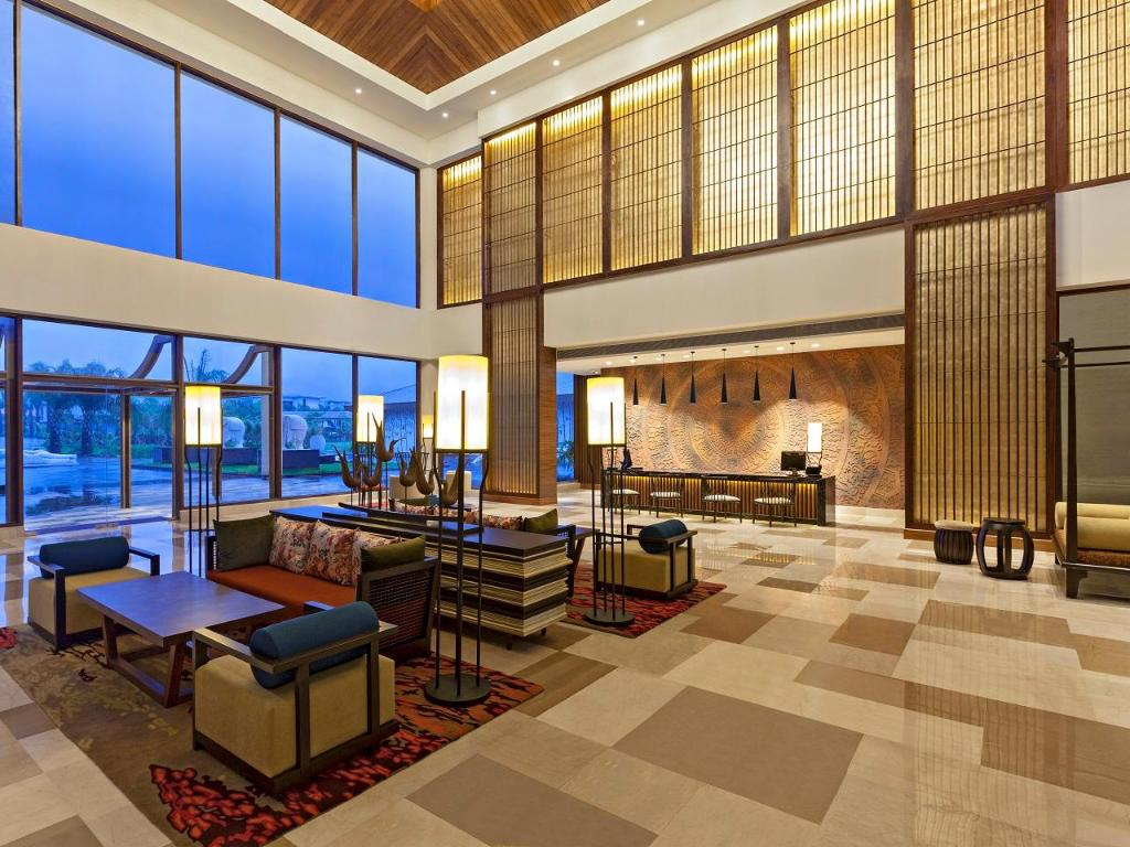 Radisson Blu Resort & Spa Karjat, India - Photos, Room