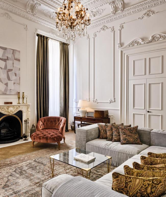 Soho house istanbul in turkey room deals photos reviews for Dekor hotel laleli istanbul