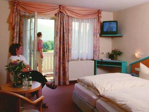 Gasthof Hotel Zur Post Obernzell Ab 41 Agoda Com