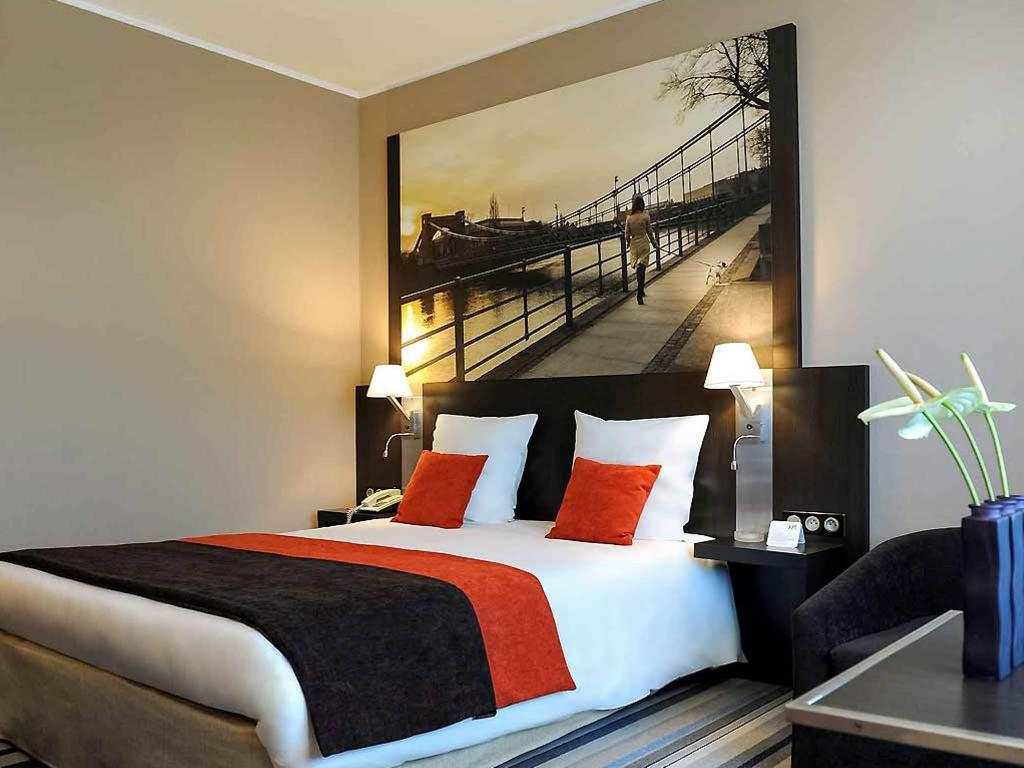 Standard Double Room - Bed Hotel Mercure Wroclaw Centrum