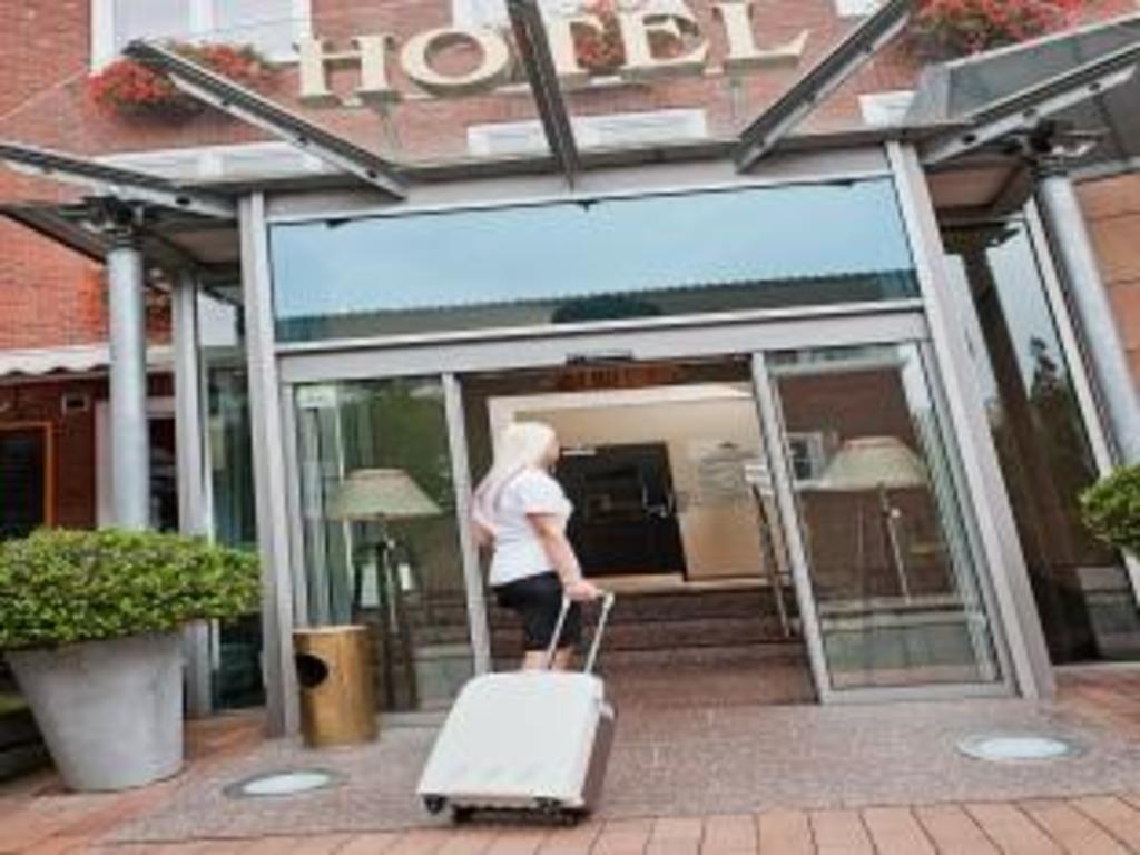 hotel am stadtring nordhorn rezerwuj pokoje w hotelu hotel am stadtring. Black Bedroom Furniture Sets. Home Design Ideas