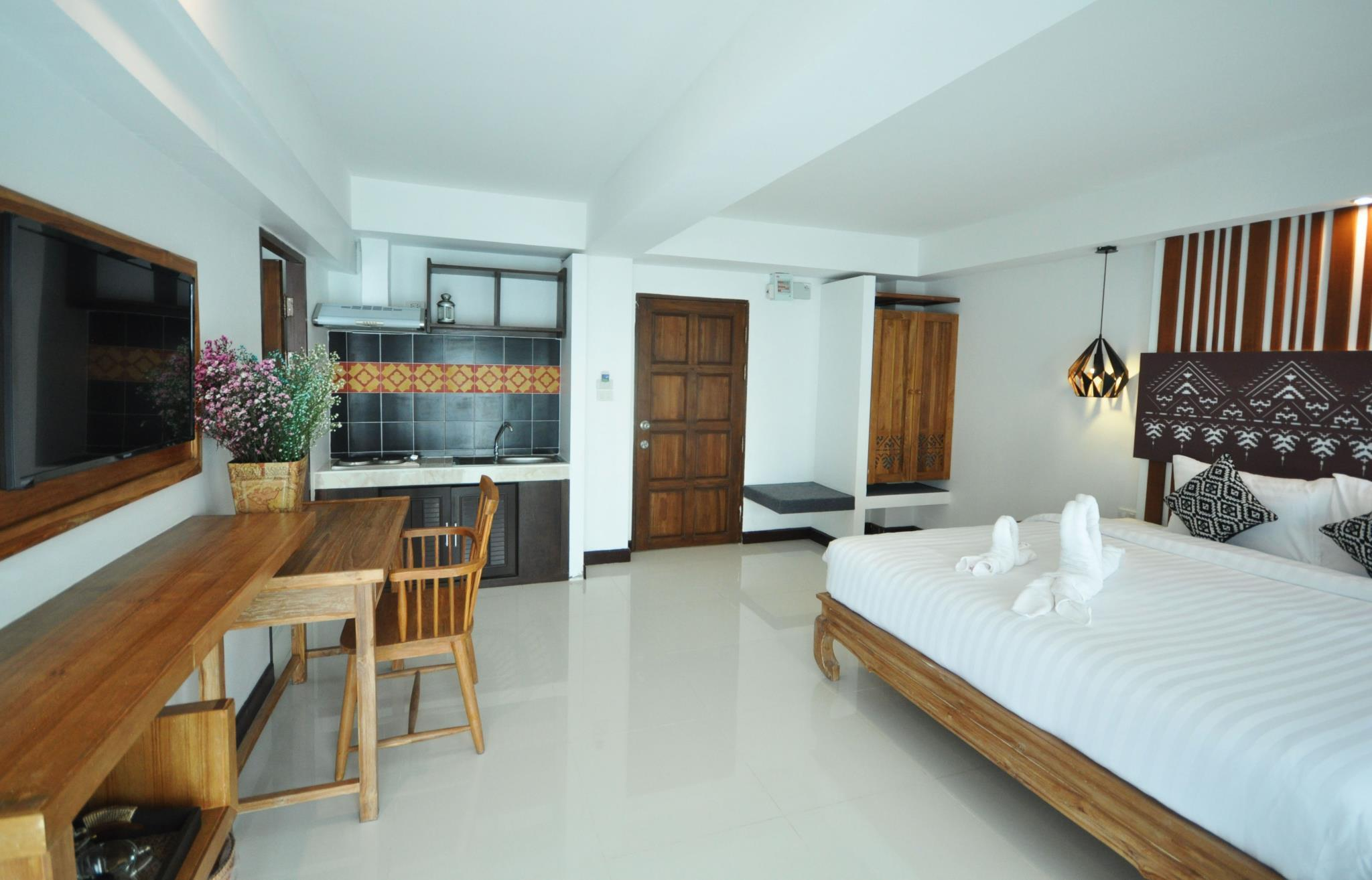 My Chiangmai Boutique Lodge in Chiang Mai - Room Deals, Photos & Reviews