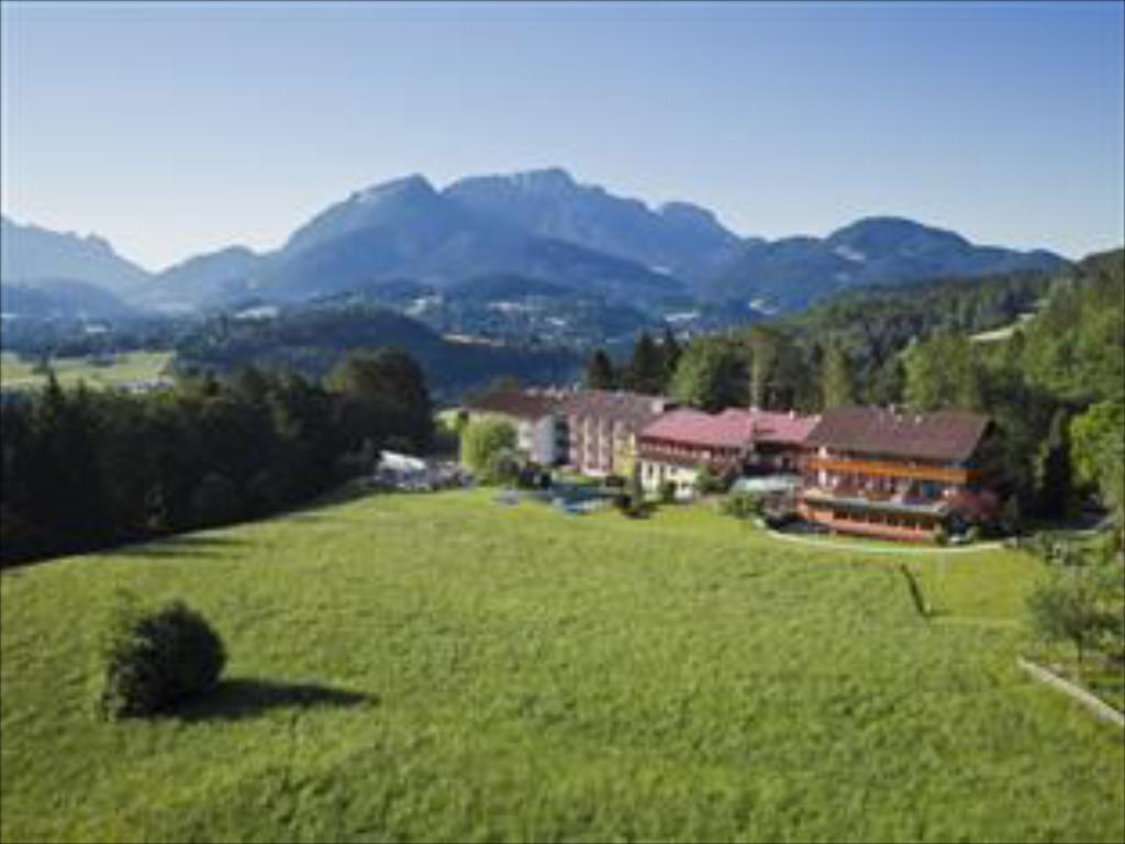 More about Alm- & Wellnesshotel Alpenhof