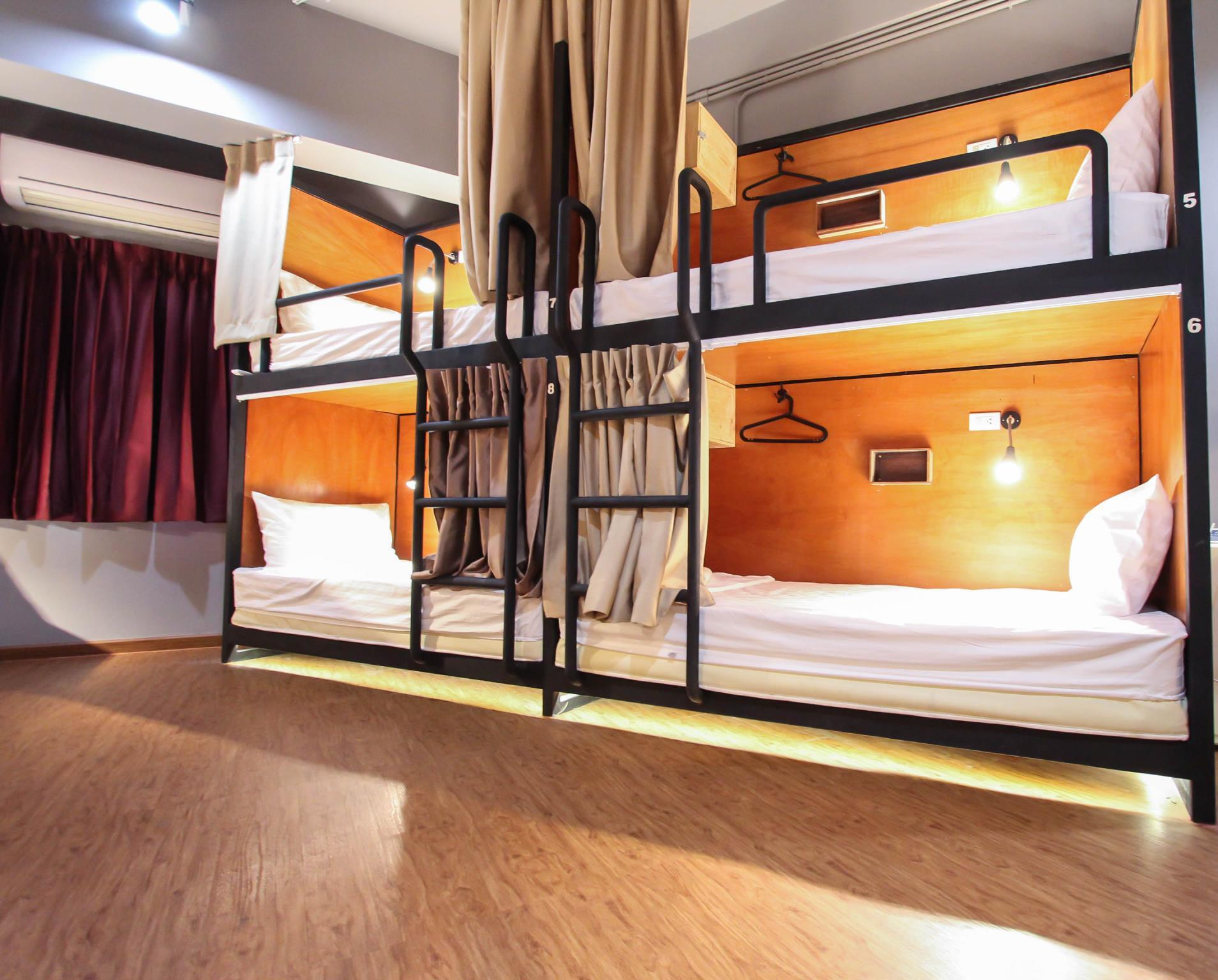 Private Dormitory (6 Adults)