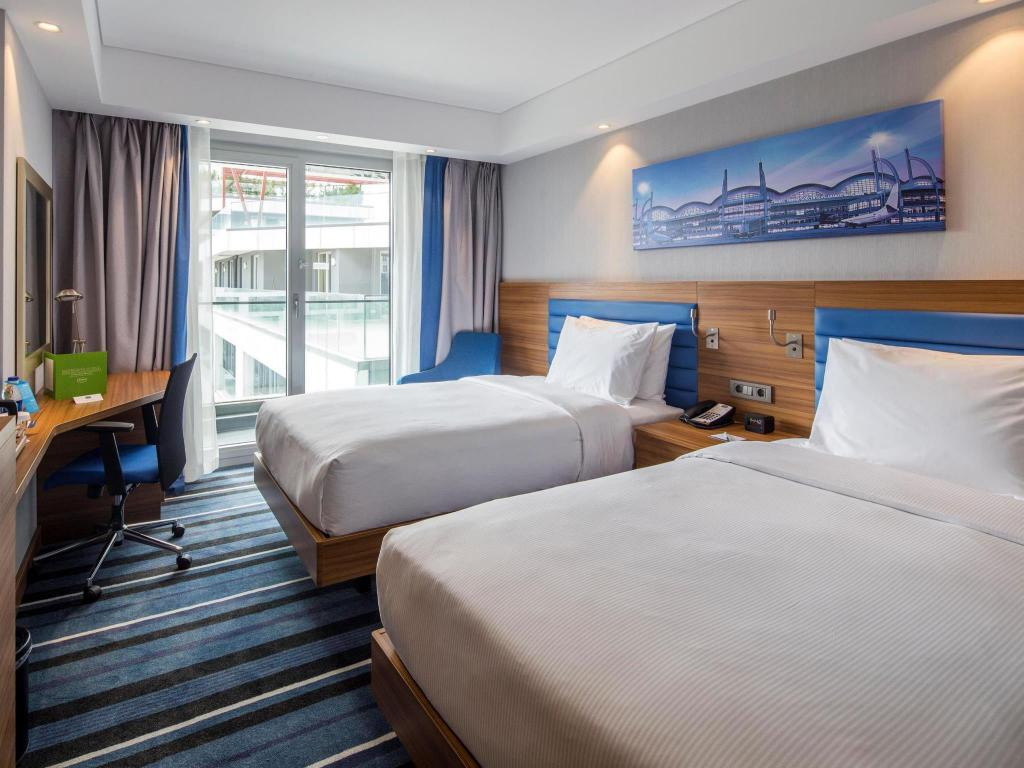 Twin City View with Fridge Non-Smoking - Guestroom Hampton by Hilton Istanbul Kurtkoy
