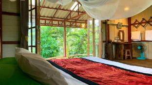 AumHum Homestay - Tree Top Room Type