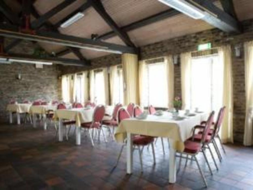 Fletcher Hotel La Ville Blanche in Maasgouw - Room Deals, Photos ...