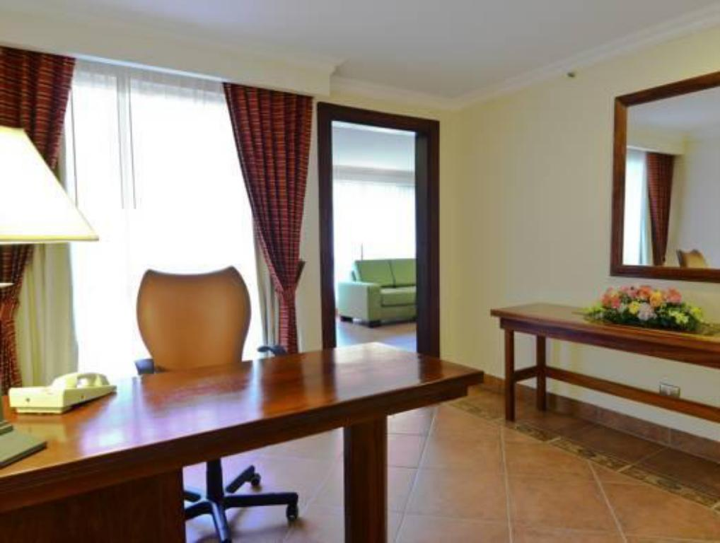 Standard 2 Double Beds - Guestroom DoubleTree by Hilton Hotel Cariari San Jose