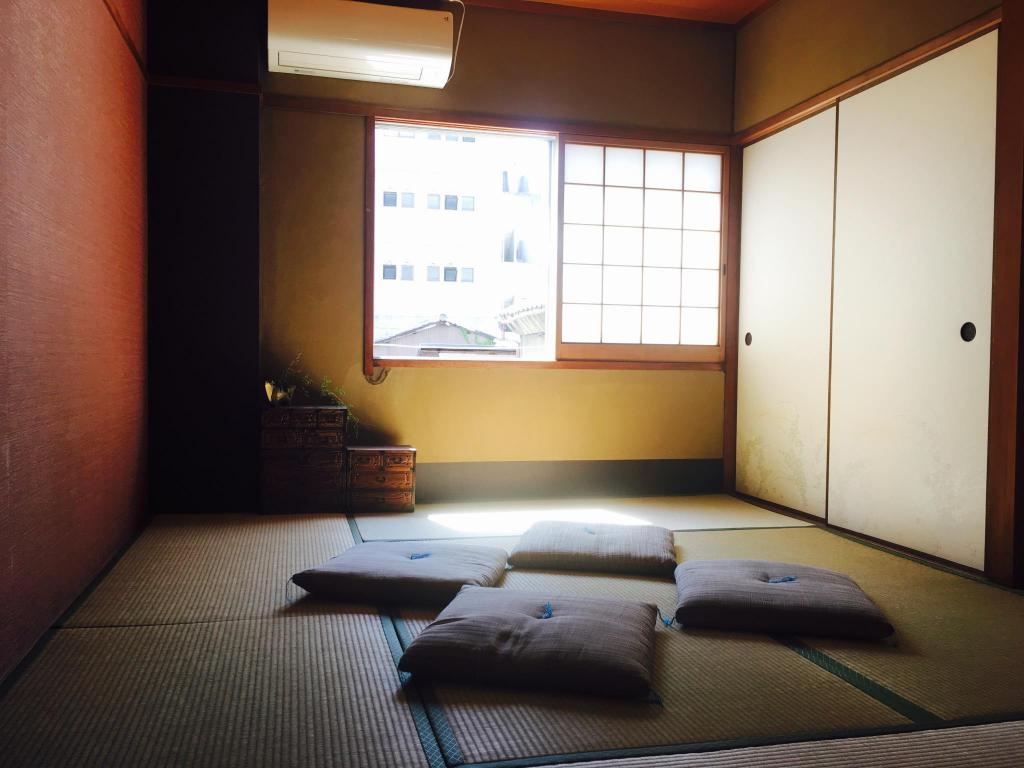 Japanese Room ( 3 person ) Guest House Kete