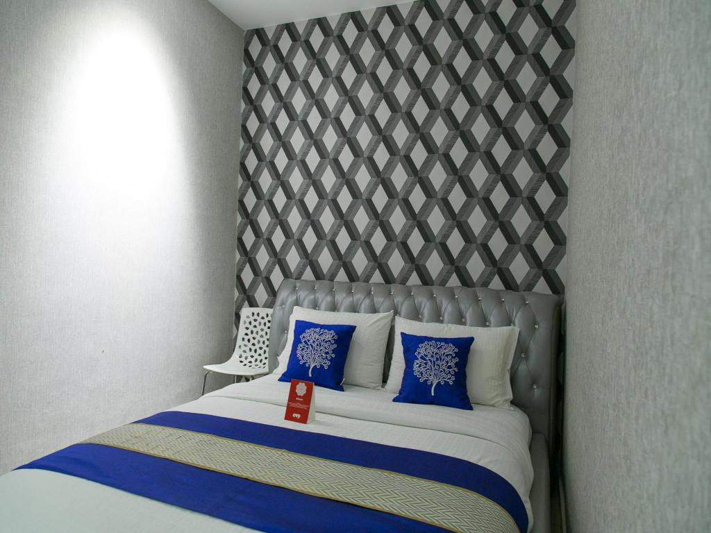 Double or Twin Room with Private Bathroom OYO Rooms Fahrenheit Mall