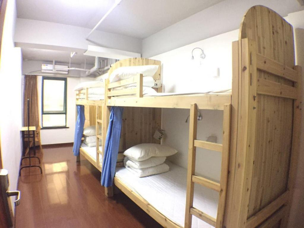Male Dormitory Room
