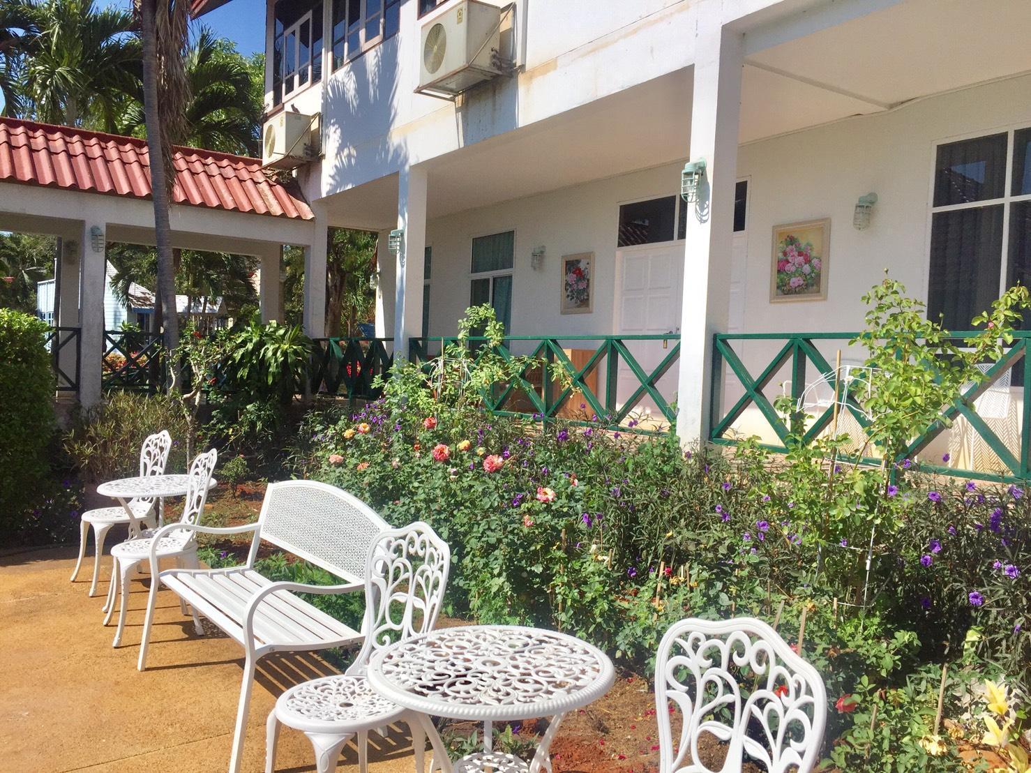 Chalet Hill Resort Khao Yai Booking Agoda Com Best Price