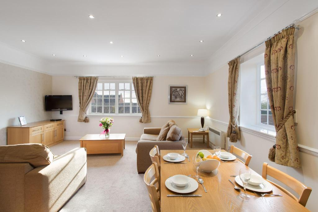 Two Bedroom Apartment Wychnor Park Country Club by Diamond Resorts