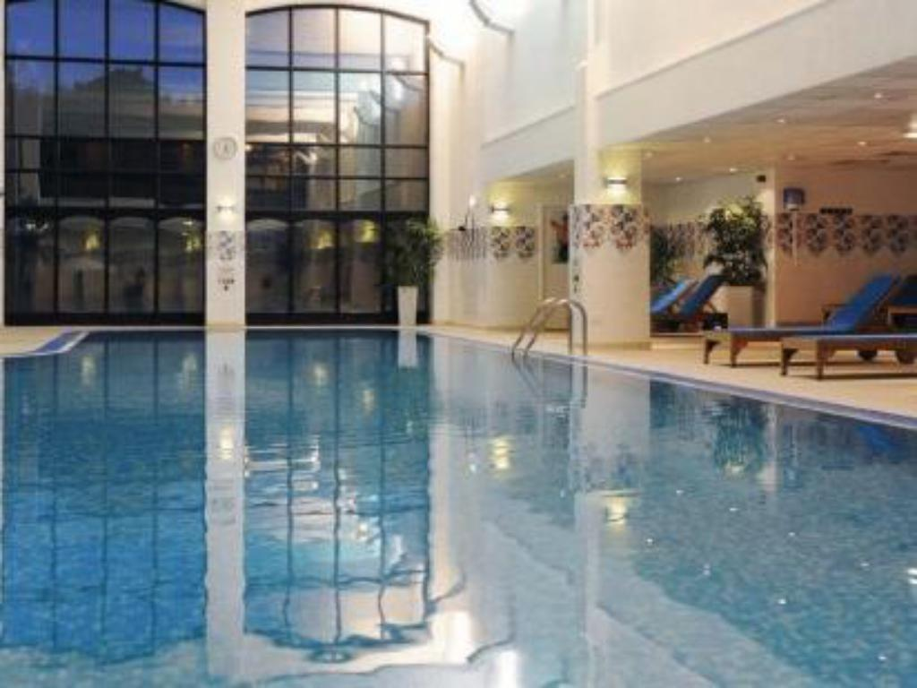 Best price on village hotel wirral in greasby reviews for Wirral hotels with swimming pools