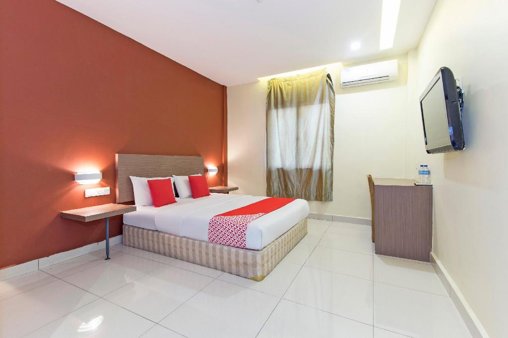 More about OYO 128 Archeotel Hotel