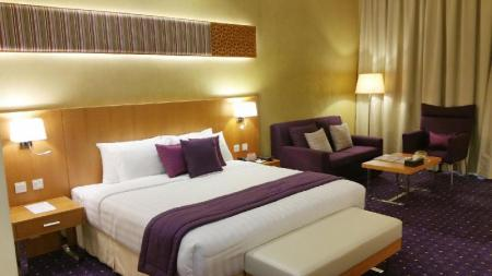 Deluxe King Room Fortune Park Hotel Dubai Investments Park