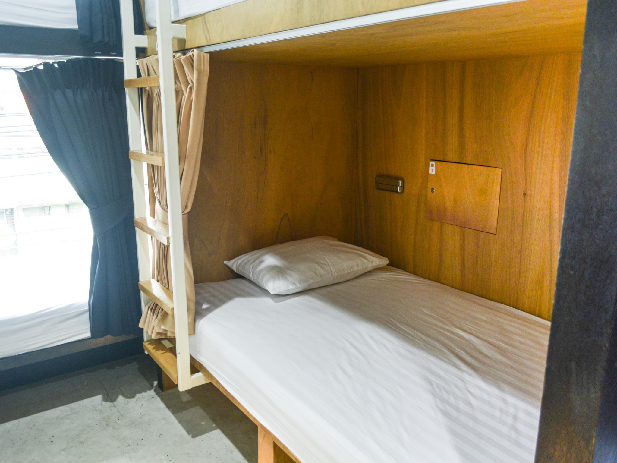 1 Double Bed for 2 People in 6-Bed Dormitory - Mixed