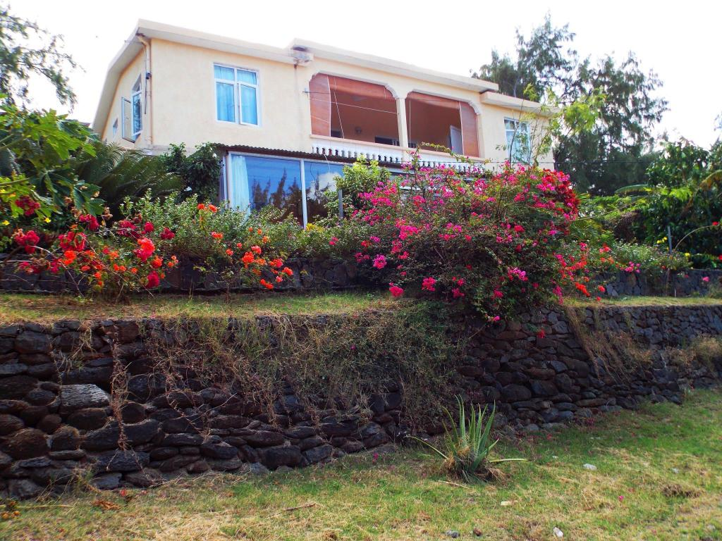 More about Le Macoua Guest House