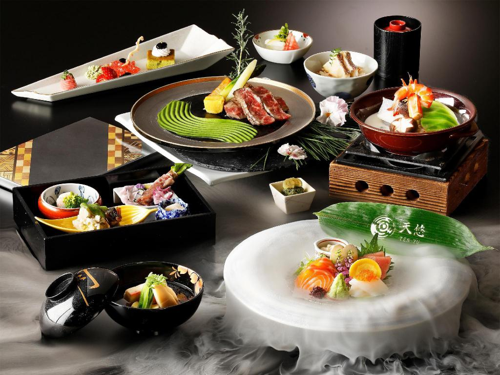 Superior Room - Dinner at 6:00 PM Included - Food and beverages Hakone Kowakien TEN-YU