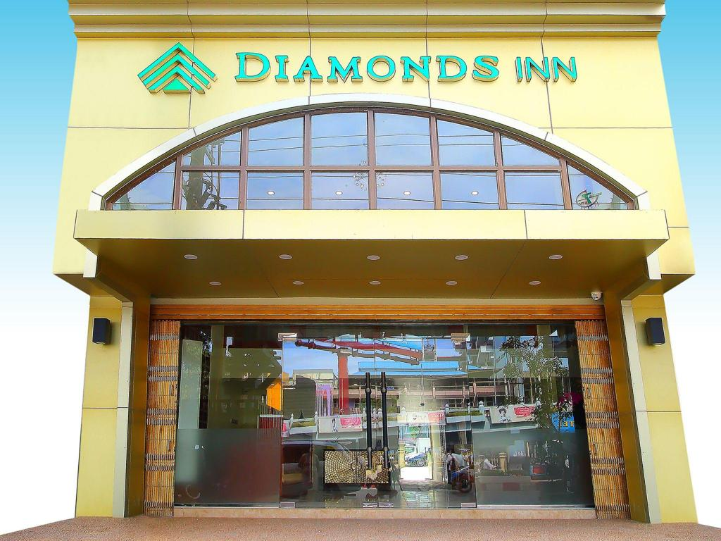 More about Diamonds Inn