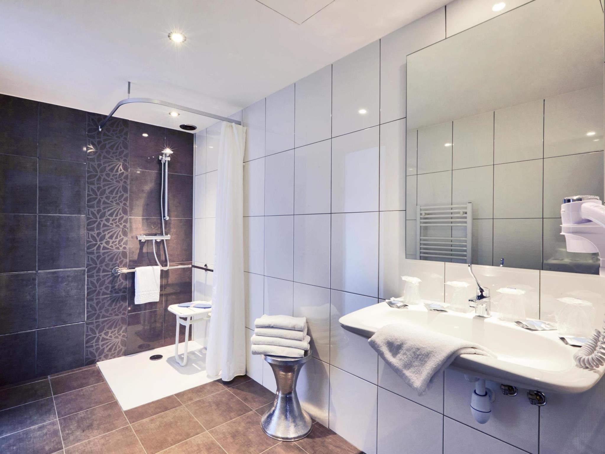 Hotel Kyriad Salle De Bain ~ h tel kyriad frejus centre kyriad frejus centre fr jus offres