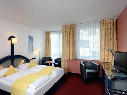 Kastens Hotel In Dusseldorf Room Deals Photos Reviews