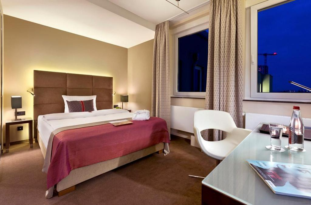 Comfort Room - Guestroom Fleming's Selection Hotel Frankfurt-City