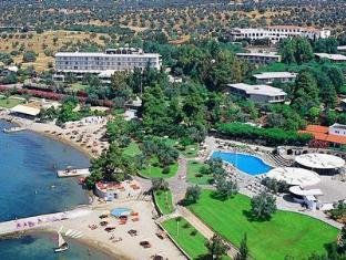 Holidays in Evia Beach Resort Hotel