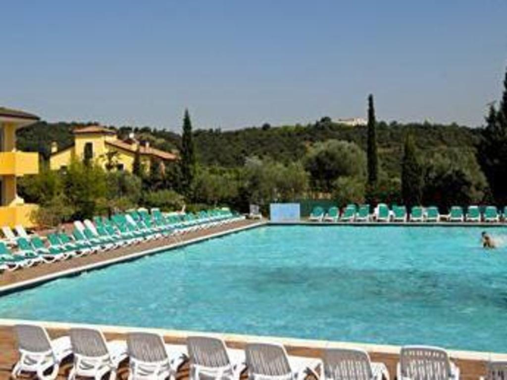 Hotel centro turistico gardesano in verona room deals - Hotels in verona with swimming pool ...