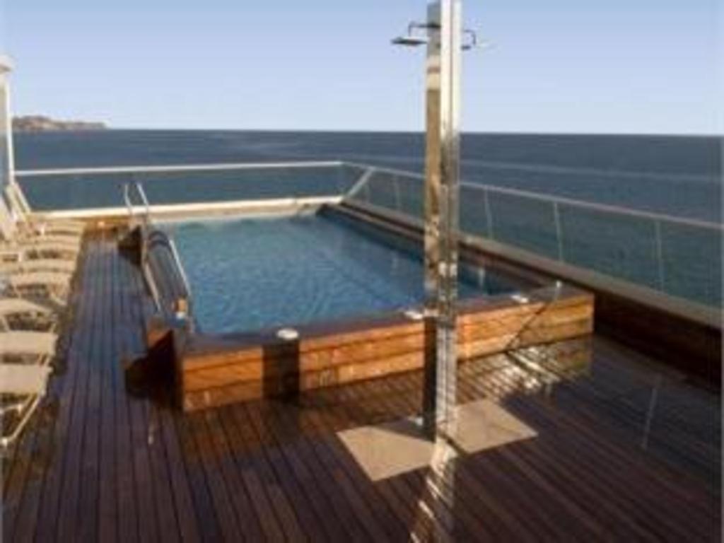 Hotel sercotel spa porta maris in alicante costa blanca - Hotels in alicante with swimming pool ...