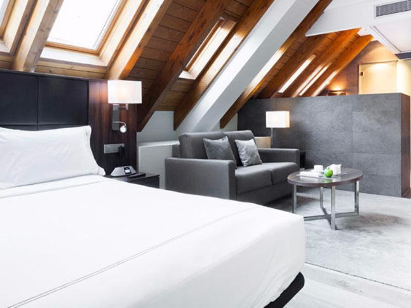 Superior Doppelzimmer - Dachgeschoss (Superior Double Room - Attic)